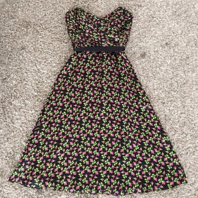 Betsey Johnson Strapless Dress 6, Poshmark, США